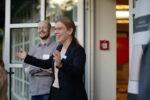 """Powerfrauen@Courtyard am 01.09.2021 Thema """"Wirkung von Wahrheit und Wahrnehmung?"""" Andreas Wetzen und Lisa Hund (Foto: Nadine Tannreuther) #Personal"""